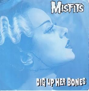 Misfits_-_Dig_Up_Her_Bones_cover