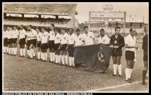 Corinthians no jogo contra o Palmeiras de 1945, para arrecadar fundos ao Partido Comunista - O Jogo Vermelho